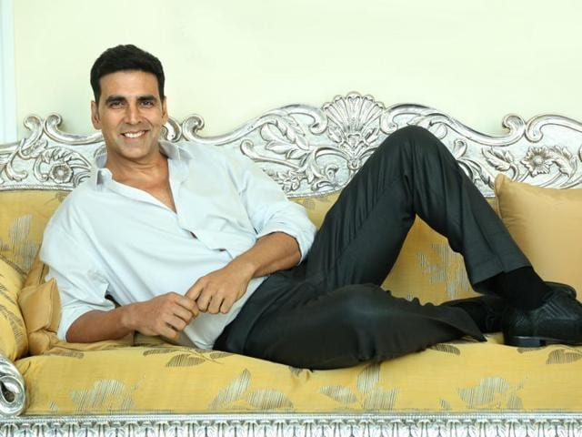 Did you know that Akshay cooks pasta for wife Twinkle Khanna.