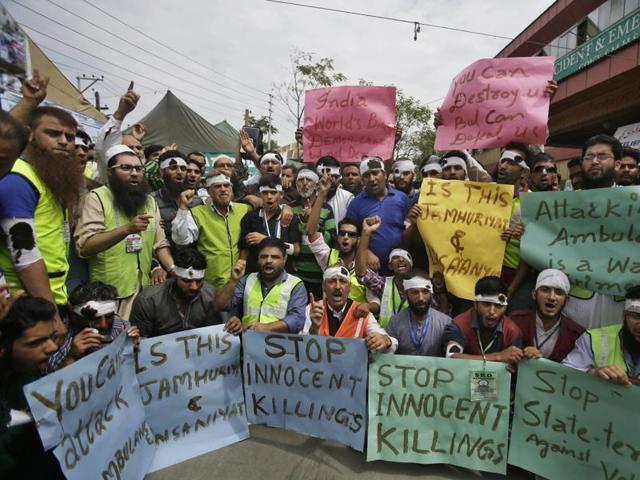 How journalists come under fire from both sides in strife-torn Kashmir