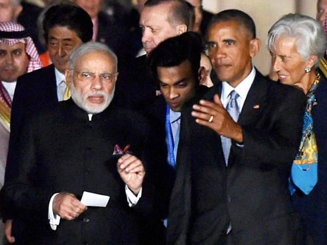 Prime Minister Narendra Modi with US President Obama and other G20 leaders in Hangzhou, China on Sunday.