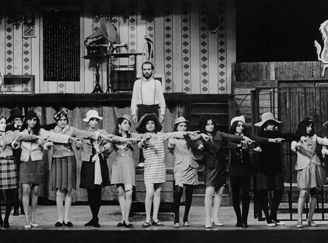 Three Penny OperaTeen Take ka Swaand by Bertolt Brecht. Dir. Fritz Bennewitz. Curtain Call, NSD, 1970