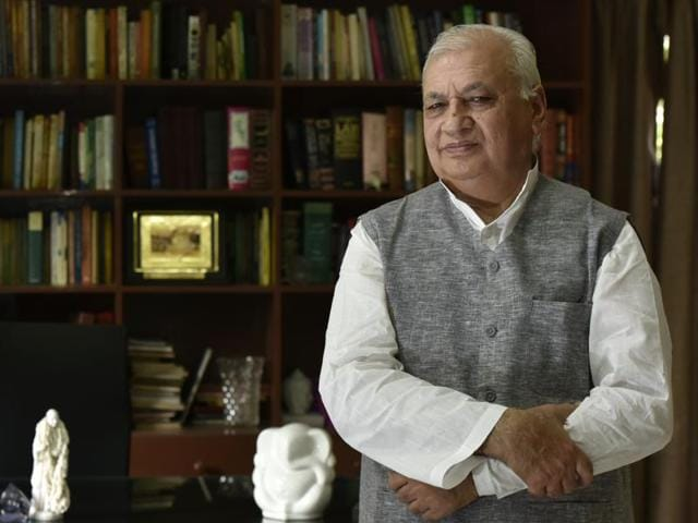 Former Congress leader and Minister of State Arif Mohammad Khan. Khan, a minister in the Rajiv Gandhi government, defended the Shah Bano judgment in the Parliament. He quit the party after Rajiv Gandhi changed his position on the judgment.(Vipin Kumar/HT Photo)
