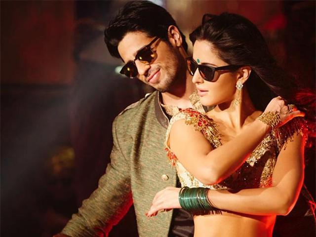 Sidharth Malhotra, Katrina Kaif in a still from kala chashma in Baar Baar Dekho. (YouTube)