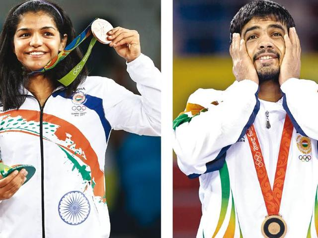 Sakshi Malik declared that she wants to settle down this year; Sushil Kumar announced his engagement after bagging a gold at the Delhi Commonwealth Games