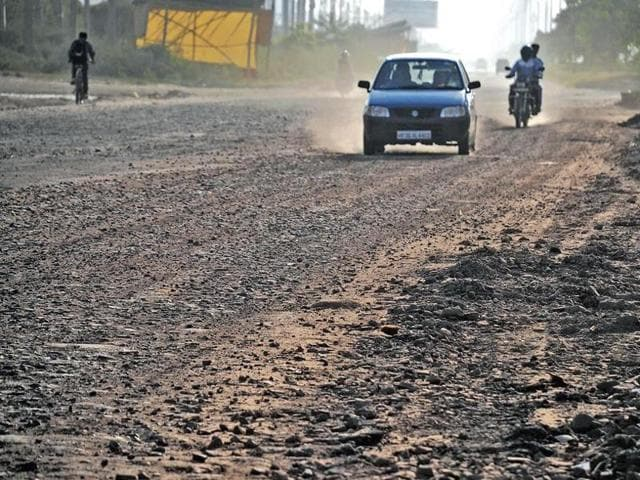 The urban authority has initiated steps to expedite the construction of the master sector road that will connect SPR with Delhi-Gurgaon expressway bypassing Kherki Daula toll plaza.