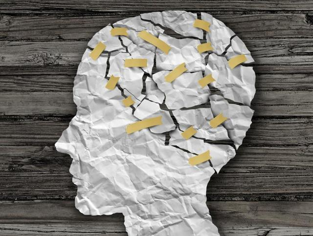 Nearly 10-20 million (1-2% of the population) Indians suffered from severe mental disorders such as schizophrenia and bipolar disorder, and nearly 50 million (5% of population) suffered from common mental disorders.(Shutterstock)