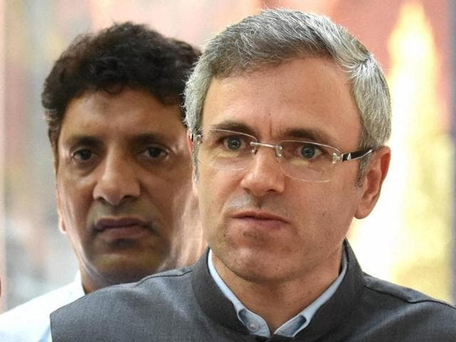 Former chief minister of Jammu and Kashmir, Omar Abdullah, talks to reporters at Rashtrapati Bhavan in New Delhi.