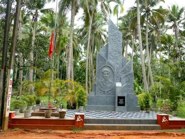 Violence in Kerala,North Kerala,Left returns to power in Kerala