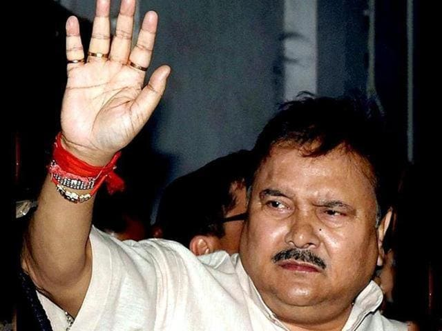 File photo of Madan Mitra being taken for pathological tests to SSKM hospital on February 7, 2015.(Prateek Chowdhury)