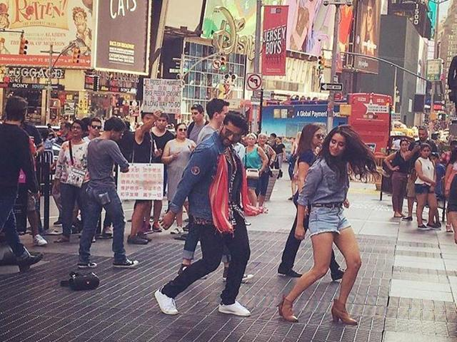 Arjun on Friday night took to Twitter, where he shared a photograph in which he is seen with co-star Shraddha Kapoor.