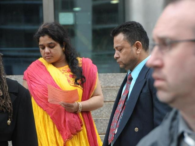 Sheetal Ranot (L) and Rajesh Ranot (R).