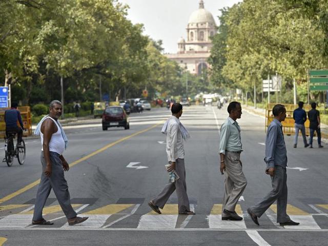 NDMC will install new 3D zebra crossings on stretches of busy arteries, including Safdarjung Road, Teen Murti Road, Janpath and Ashoka Road.(Ravi Choudhary/HT Photo)