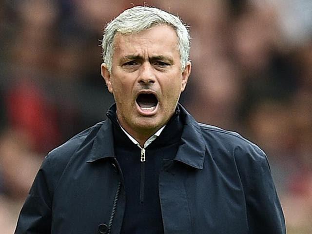 Jose Mourinho,Pep Guardiola,Manchester derby