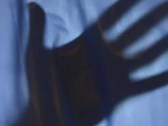 woman set afire by goons,Begumganj,Raisen