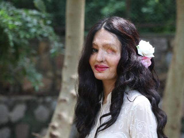 Reshma Bano Qureshi,Acid Attack Survivor,New York Fashion Week