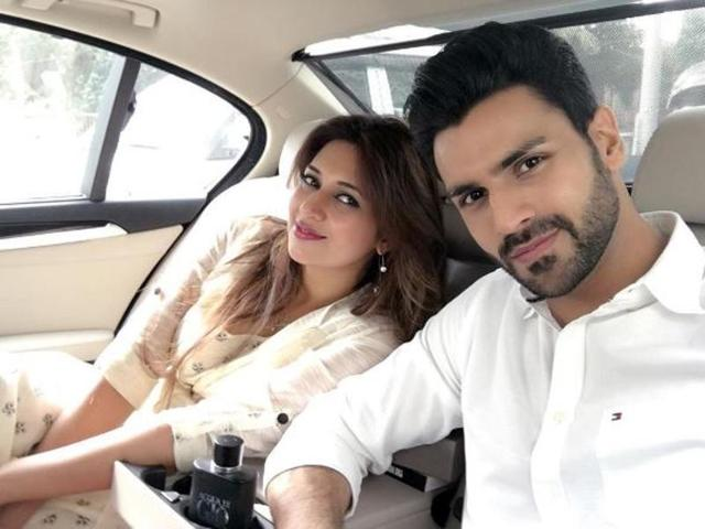 Popular TV stars Divyanka Tripathi and Vivek Dahiya are angry at several media houses for publishing several false reports about the two.