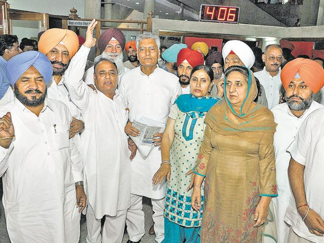 Punjab Congress leaders protesting during the monsoon session of the assembly in Chandigarh on Monday.