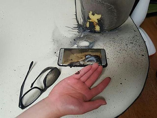 This handout photo taken and released by Gwangju Bukbu Police Station on September 13, 2016 shows a blown-up Samsung Galaxy Note7 smartphone in Gwangju, 270 kms south of Seoul. According to the police, the owner claims he received burn injuries on a finger while attempting to extinguish his burning phone after he was jolted from his bed by the sound of an explosion early September 13.