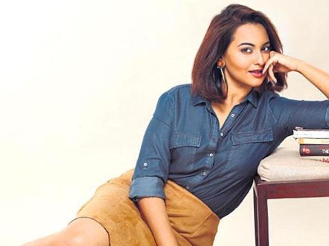 Sonakshi turned singer with 2015 single Ishqoholic. (HTPhoto)