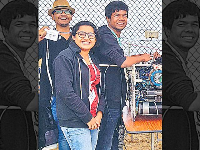 Anshuman (extreme right), now a final year BTech student of IIT-Mumbai, has bagged second position in the 'Robo Sub', organised recently at Santiago city of the United States.