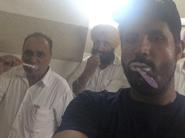 BRUSHING UP THEIR STRATEGY: Gidderbaha MLA Amrinder Singh Raja Warring and other Congress leaders brushing their teeth in a selfie posted from the Vidhan Sabha.