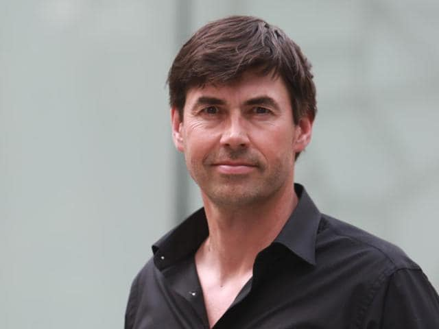 Former Kiwi  cricketer Stephen Fleming is good friends with Rahul Dravid, MS Dhoni and Ashish Nehra.