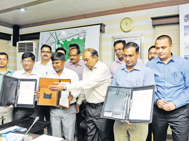 Top Noida, Greater Noida and NMRC officials were present on the occasion.