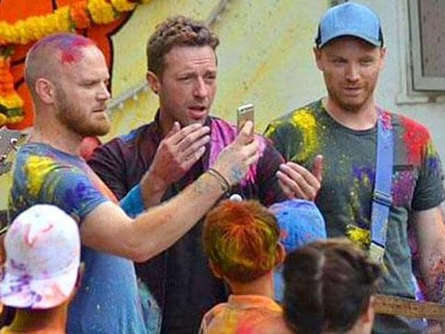 A lot of Coldplay fans are crying on this day.