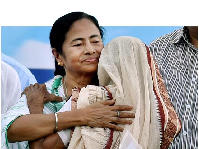 Mamata Banerjee addressing the rally at Singur on Wednesday. She not only started the process of returning the land, but also announced help to the villagers to resume cultivation as soon as possible.