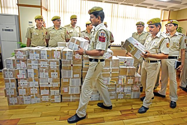 Looted Consignment Of 900 iPhones Worth Rs 2.25 Cr Recovered