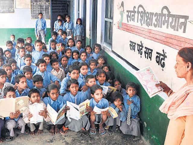 On Wednesday morning, a judgment by Calcutta High Court directed the West Bengal Board of Primary Education (WBBPE) to publish the results immediately.(Deepak Gupta /HT file photo)