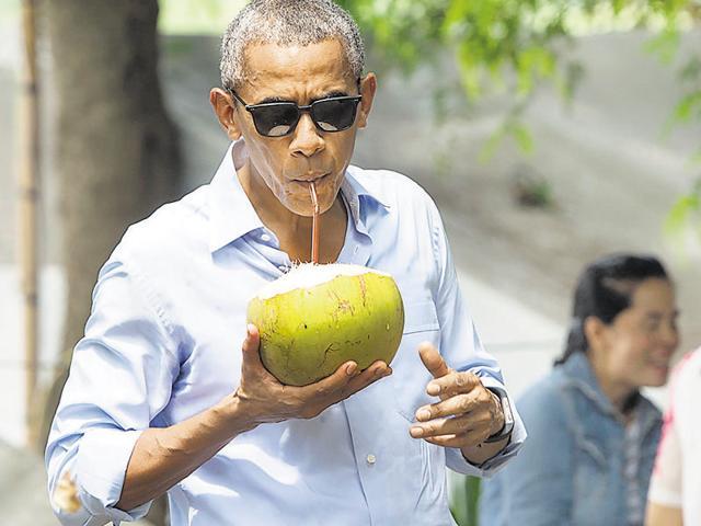 Obama,Hillary Clinton,Barry