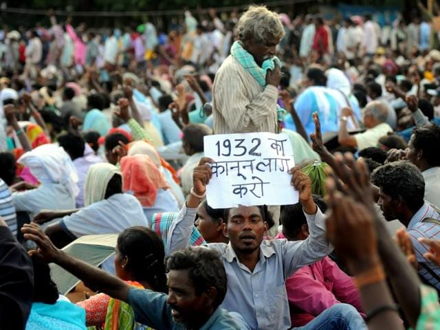 Tribals,Jharkhand,Tribals protest
