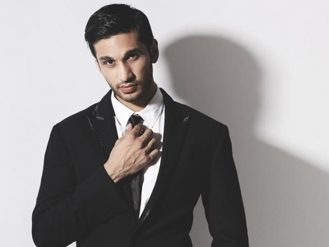 Singer Arjun Kanungo will make his acting debut in a web series.