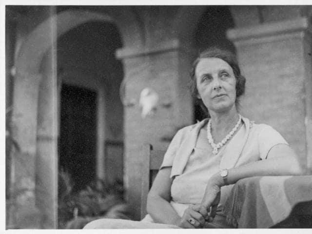 Alice Boner in Varanasi, Mahmoorganj, India, 1935