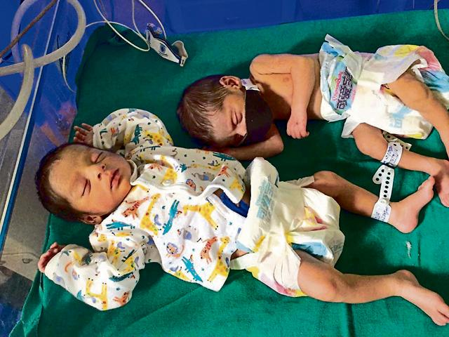 The two newborn baby girls who were found abandoned outside a house in Panipat on Wednesday night. The babies were taken to civil hopsital where doctors said they were 2-3 days old.