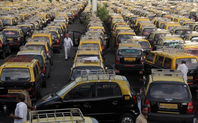 black and yellow taxis