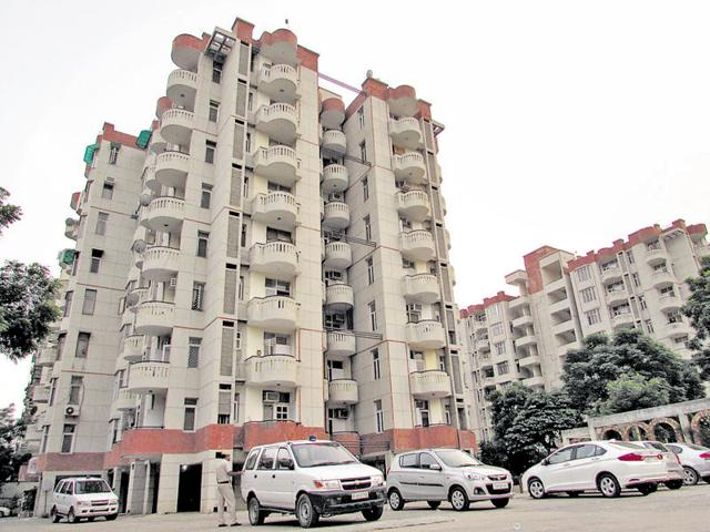 The woman, Jayarani, lived in flat number 107 on the first floor of  Brothers Apartment in Sector 55. Police are waiting for CCTV camera footage from the area.