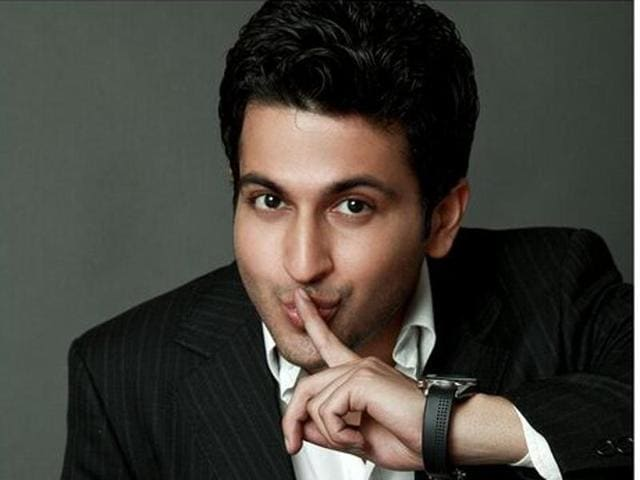 Actor Dheeraj Dhoopar says he wants to do an out an out romantic show.