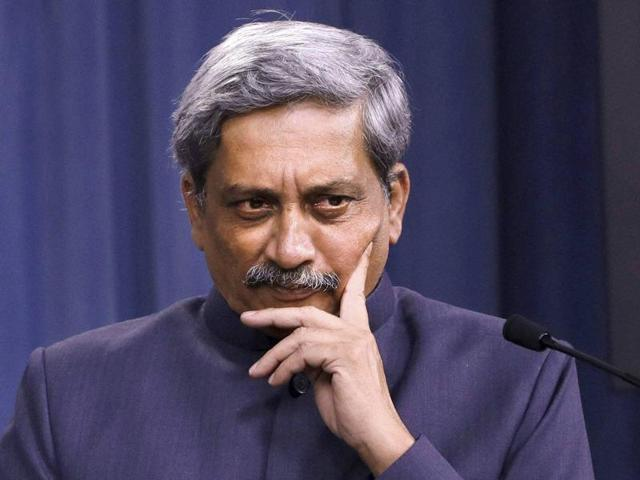 Defence minister Manohar Parrikar on Saturday downplayed the issue of rebel RSS leader Subhash Velingkar floating a political outfit in poll-bound Goa.