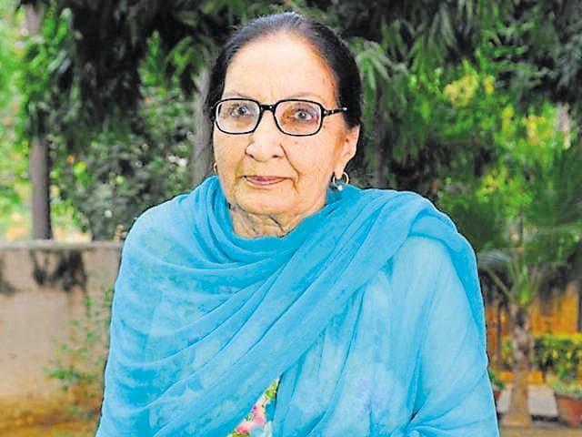 Punjabi writers,Dalip Kaur Tiwana,Amrita Pritam