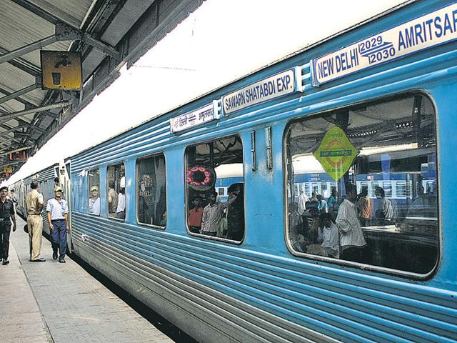 In the last one week, from September 10 to September 17, the average price of a one-way ticket for the Kalka Shatabdi (6.53am departure from Chandigarh) was between Rs 750 and Rs 850 and even went up to Rs 900.