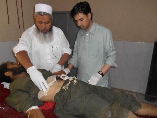 Suicide blast at Pakistan mosque