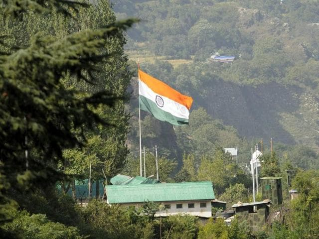 A view of the army base that was attacked by militants in the town of Uri, west of Srinagar, on Sunday.(Waseem Andrabi /HT photo)