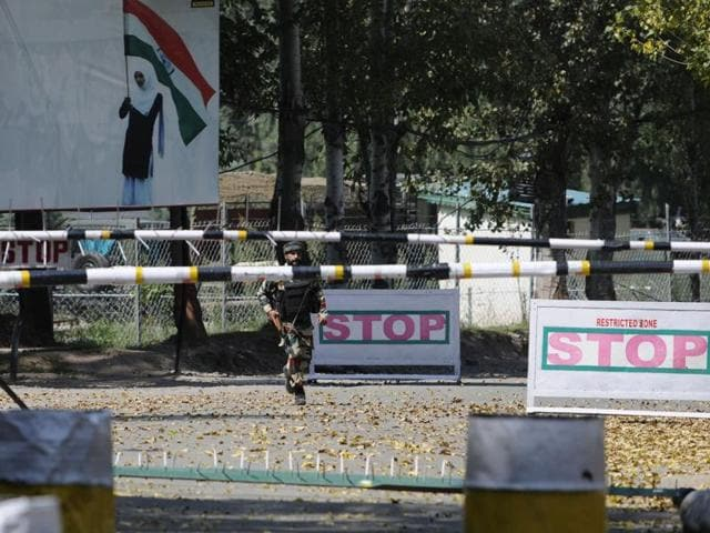 A soldier at the army base which was attacked by militants in the town of Uri, west of Srinagar.(Waseem Andrabi /HT Photo)