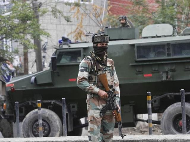 India needs to unravel the forces responsible for the Uri attack and continue efforts to rally international opinion against Pakistan.(Waseem Andrabi/ HT File Photo)