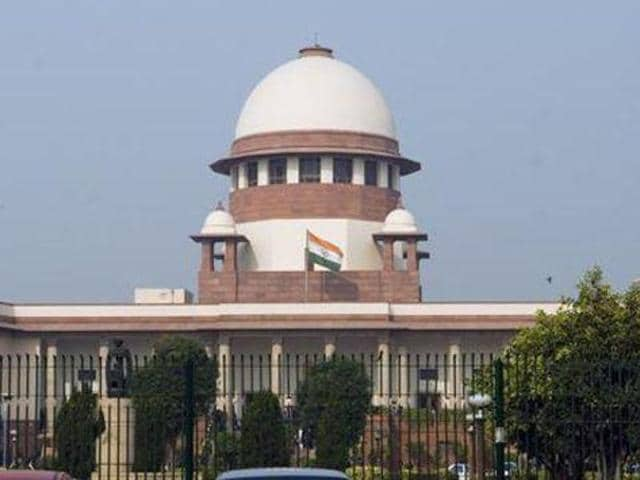 """The Supreme Court allowed the petitioner to approach the Bombay high court for """"expeditious"""" hearing of the Maratha reservation case."""