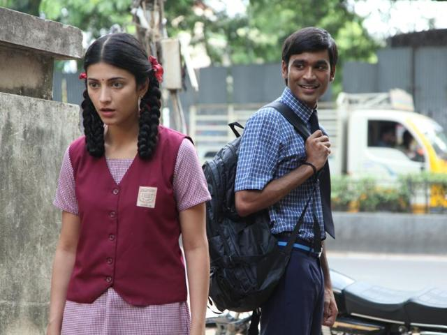Dhanush and Shruti Haasan in as till from 3.