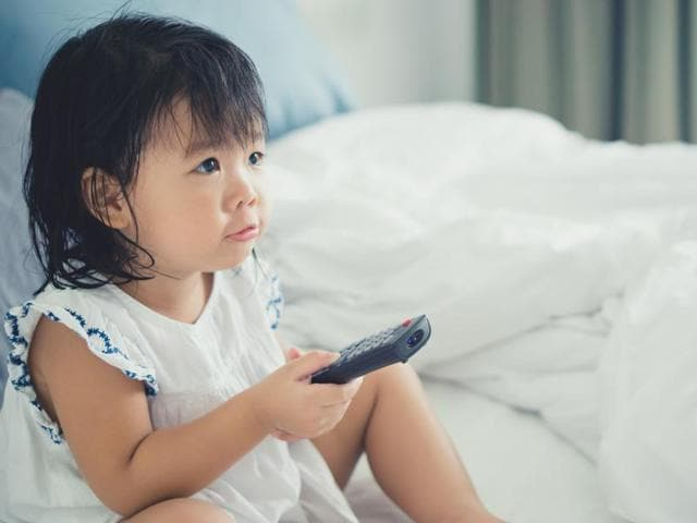 Just 15 minutes of television can temporarily reduce the originality of the ideas that children come up with, finds a new study.