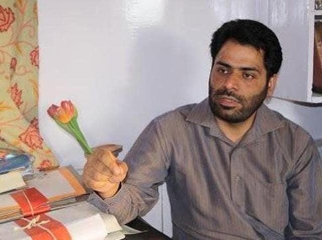 Rights activist detained,Kashmir unrest,Khurram Parvez