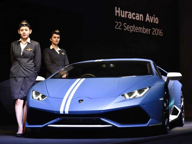 Lamborghini Launches Limited Edition Huracan Avio At Rs 3 71 Crore